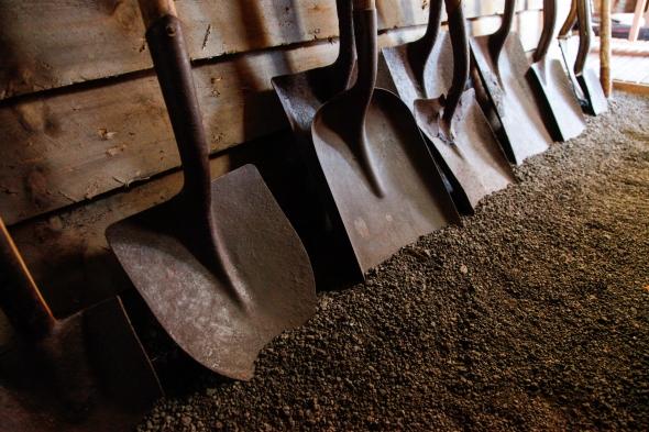 Shovels-0217